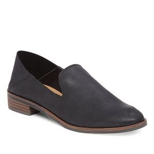 Lucky Brand Cahill Leather Flat Size 8